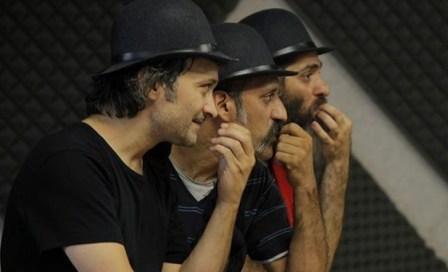 نمایش «کچلو» را در سالن استاد ناظرزاده کرمانی تماشاخانه ایرانشهر
