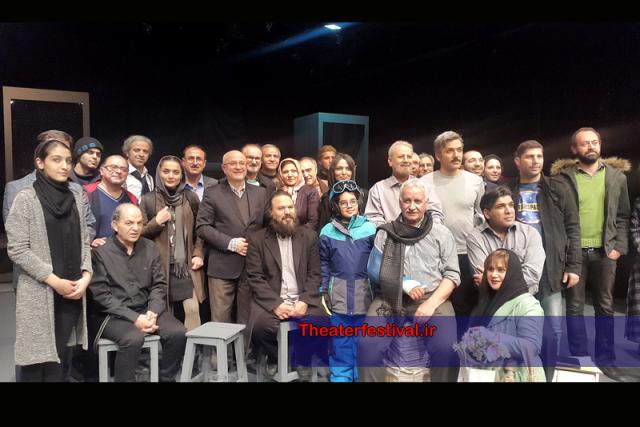 """نمایش """" دکتر استوکمان ( دشمن مردم ) """" بود که به کارگردانی علی پویان"""