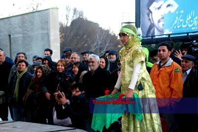 """نمایش """"دی زنگرو"""" به کارگردانی هیام احمدی از شهر آبادان"""