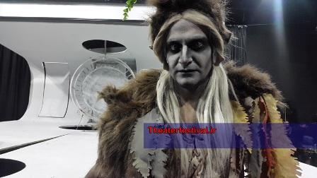 """گریم متفاوت مصطفی کوشکی در نمایش """" رویای نیمه شب تابستان """""""