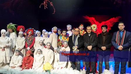 """گروه اجرایی نمایش """" مرگ آنجل ها """" از آمل"""